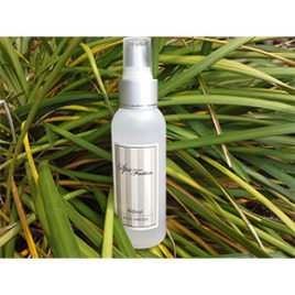 Foot Spritzer 100ml <br />( Infused with lavender,peppermint & tea tree oil )<br />