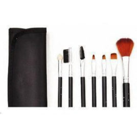 7 piece brush set in leatherette pouch